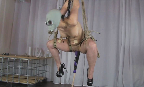 Suspension%20with%20Gas%20Mask%202_m.jpg