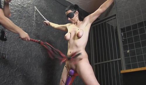 Torture%20in%20My%20Doungeon_m.jpg