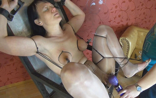 Nylon-Gyn-Chair-Orgasm-2_m.jpg