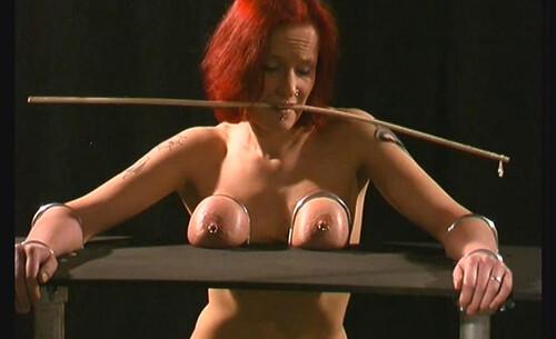Slavegirl-Melanie---her-greatest-Tit-Session---Part-3---Cam1-bip155-1_m.jpg