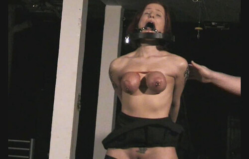 Slavegirl%20Melanie%20-%20her%20greatest%20Tit%20Session%20-%20Part%201%20-%20Cam2%20bip149-2_m.jpg